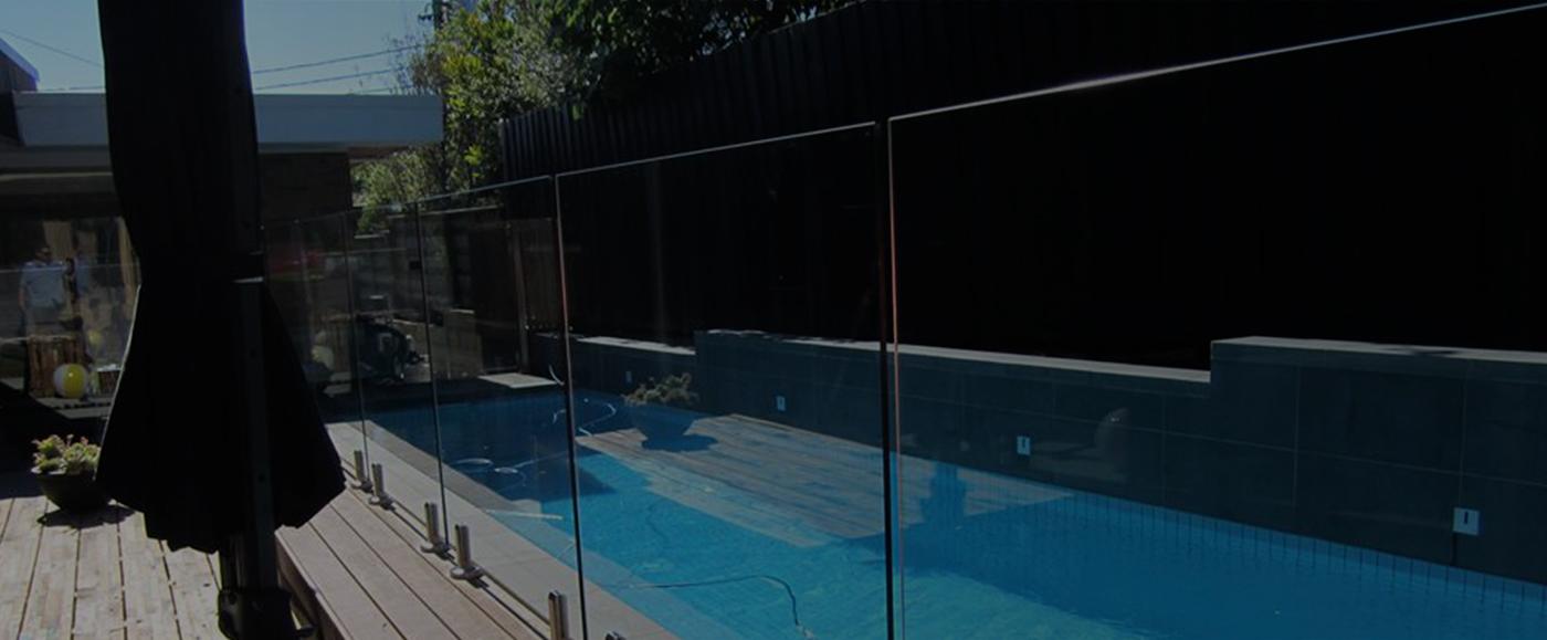 скляні огородження басейнів